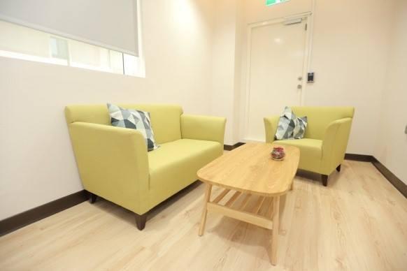Individual consultation room